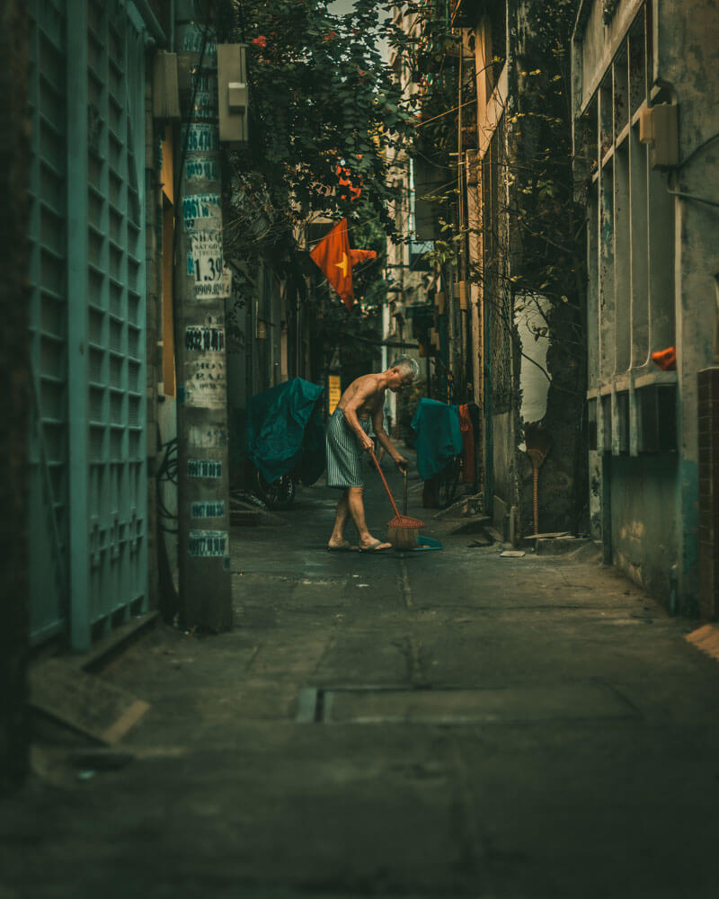 adriaan.du.toit Ho Chi Minh City Saigon street photography deep in the cuts